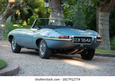 Madrid, Spain. 08/8/2020.  The Jaguar E-Type (known in the United States as the Jaguar XK-E) is a sports car of the English manufacturer Jaguar Cars, manufactured between 1961 and 1975.