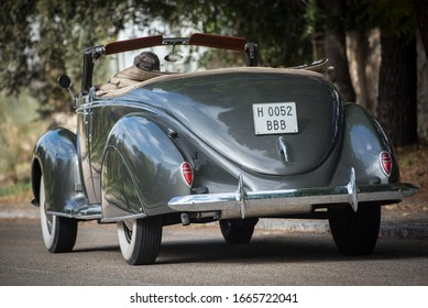 Madrid, Spain. 09/12/2014.  The Lincoln-Zephyr was a luxury tourism of the Lincoln brand belonging to the Ford Motor Company. The model was manufactured between 1936 and 1940.