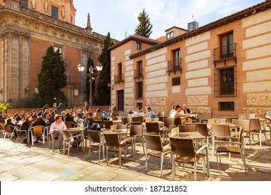 Imágenes Fotos De Stock Y Vectores Sobre Madrid Terraza