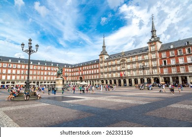 MADRID, SPAIN - JULY 11: Statue of Philip III at Mayor plaza in Madrid in a beautiful summer day on July 11, 2014 in Madrid, Spain