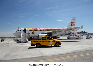MADRID, SPAIN  JULY 7: The Spanish national team's plane upon arrival to Madrid after winning the 2012 Eurocup. On July 7, 2012 at Barajas airport.