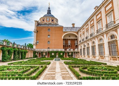 MADRID, SPAIN - JUNE 25, 2016: Garden of the King and Queen in the Royal Palace of Aranjuez, Madrid, Spain.