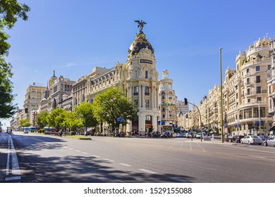MADRID, SPAIN - SEPTEMBER 16, 2016: Metropolis Building - beautiful office center situated on the corner of Calle de Alcala and Gran Via. Metropolis Building is a most photographed sight in Madrid.
