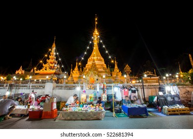Mae Hong Son, Thailand - November 18, 2016 : Market near Wat Jongkham, the most favourite place for tourist in Mae hong son, Thailand