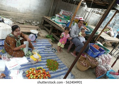Mae Sai District / Mae Sai in Myanmar / Picture showing the live of ordinary people in Mae Sai in Myanmar, taken in April 2010.