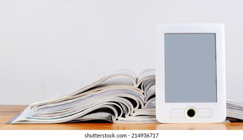 magazines and ereader