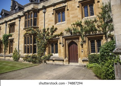 Magdalen College of Oxford University, Oxford, England