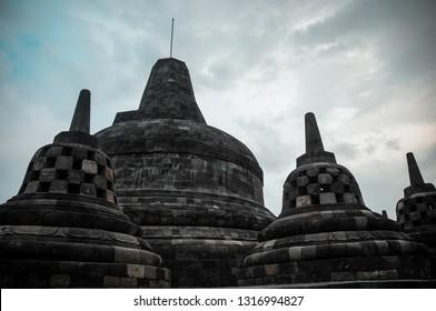 Magelang, Jawa Tengah-Indonesia. Maret, 14-2016. hari Besar Waisak, Vesak day in Borobudur temple, buddhist from around the world come to celebrates vesak day in Borobudur temple and light a lampion.