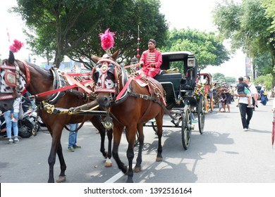 magelang,central java,indonesia - april 28 th,2019 : horse-drawn carriage at art and cultural parades - images