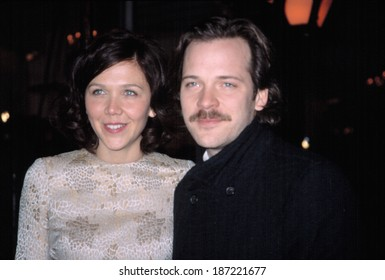 Maggie Gyllenhaal and Peter Sarsgaard at the National Board of Review, NYC, 1/14/2003