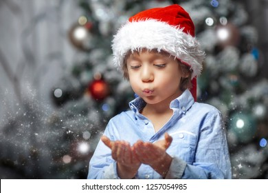 The magic Christmas with a little child