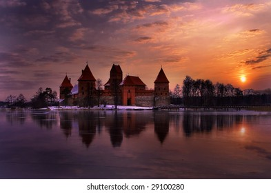 Magic decline in Trakai castle.