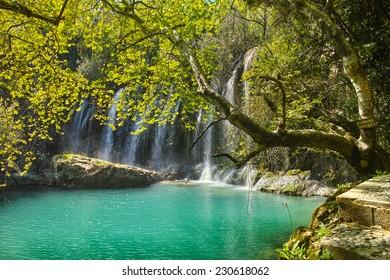 Magical light at the Kursunlu waterfalls