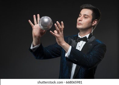 Magician with fly ball, Juggler man, Funny person, Black magic, Illusion