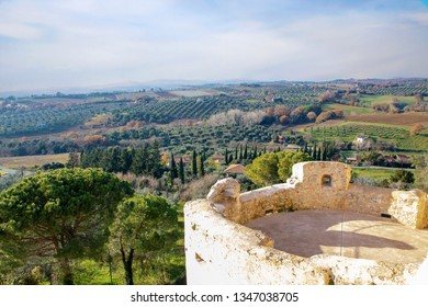 Magliano is a  small  village in the heart of the Maremma in  Tuscany, surrounded by medieval walls and overlooking tuscan countryside