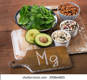 Magnesium Rich Foods on a wooden table.