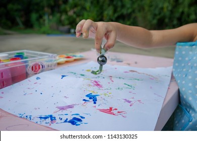 Magnet Painting. Painting is a play therapy for ADHD kids (Attention deficit hyperactivity disorder),can be used to address emotional problems.