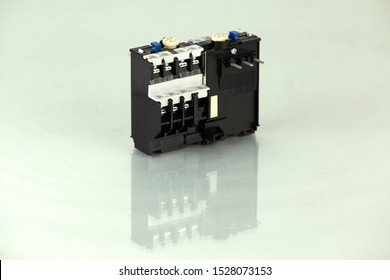 The magnetic contactors and overload relay are used to control the distribution of power in lighting and heating circuits.