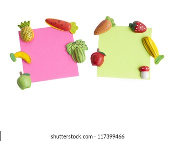 Magnets shaped and colored notepaper