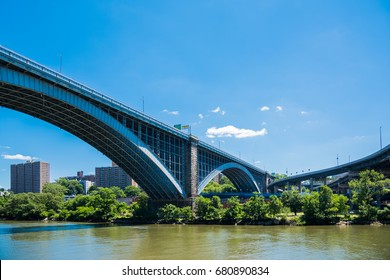 Magnificent  bridges are over the Harlem River in New York / Magnificent bridges of New York / We can see many bridges along the Harlem River in New York City.