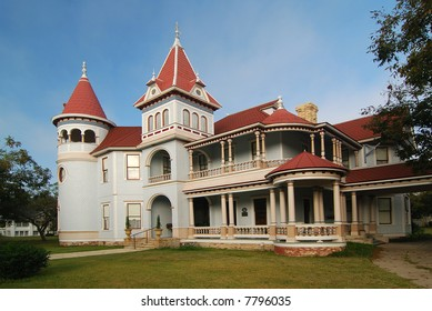 Magnificent queen anne homes was built in 1898.