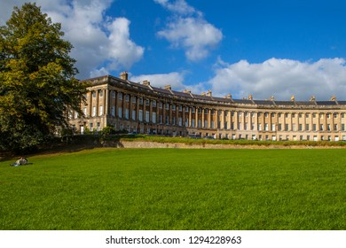 The magnificent terraced Georgian architecture of the Royal Crescent in the city of Bath, Somerset.