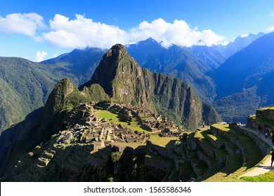 """Magnificent view of Machu Picchu - the """"Lost City of the Incas"""""""