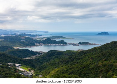 Magnificent views of the Pacific coast from the Jiufen village.