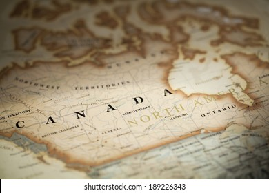 Magnifying Canada on map