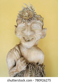 Mah Meri's wood carving resembles the mitos of their religion. Mah Meri is an ethnic group native to western part of Peninsular Malaysia.