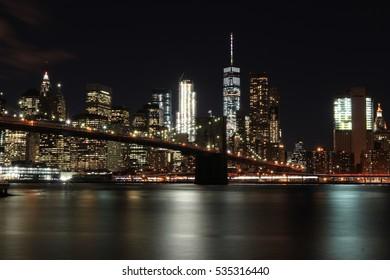 Mahattan and Brooklyn Bridge night scene