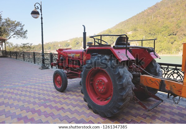 Mahindra 575 Di Tractor Rishikesh India Stock Photo (Edit