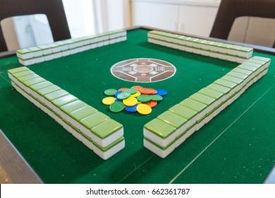 mahjong and automatic mahjong table