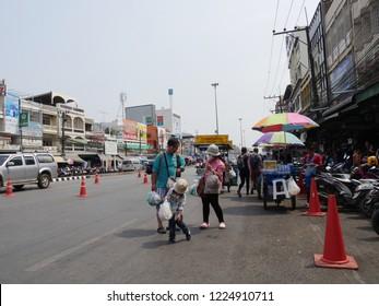 MAI SAI, THAILAND—MARCH 2018: Busy streetview in Mai Sai, the last city bordering Thailand and Myanmar.