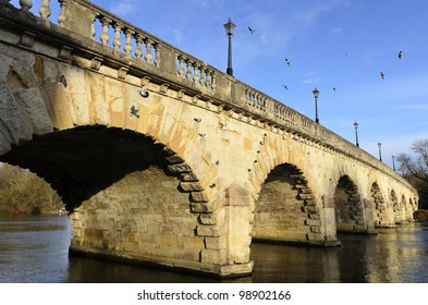 Maidenhead Bridge was built in 1777 from Portland Stone and carries the A4 road over the River Thames