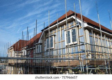 Maidstone, Kent, UK. Sunday 19th November 2017. In the South East of the UK new homes are under construction to meet both political and human demand for more housing.