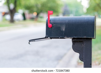 mailbox flag up. Wonderful Mailbox Mailbox With Flag Up And Open On Flag Up X