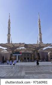 Main entrance gate of Masjid Nabawi in Al Madinah, S. Arabia. Nabawi mosque is the 2nd holiest mosque in Islam.
