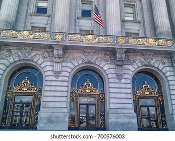 Main entrance to San Francisco City Hall