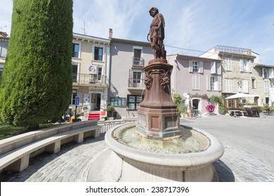 The main square in the centre of the Provence hilltop village Mougins, close to Cannes, is famous for it being the last place at which Picasso lived, and gourmet restaurants and art galleries.