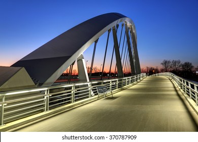 Main Street Bridge in Columbus, Ohio at dusk