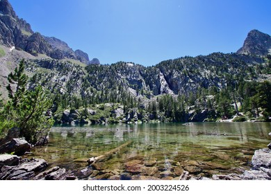Main view of Escarpinosa lake, one of the most amazing spots of Est´ós valley in the Pyrenees Mountains, Spain.