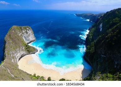 Main view of Kelingking beach, on of the most amazing spots in Nusa Penida Island, Bali.
