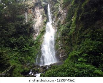 mainbas falls of west sikkim