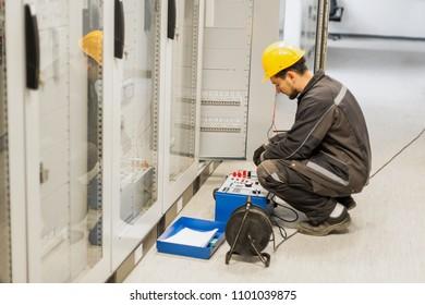 Imágenes, fotos de stock y vectores sobre Substation Testing