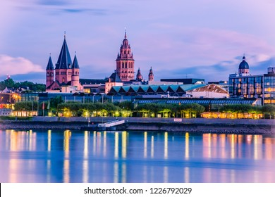 Mainz cityscape in the blue hour in the evening light with cathedral, Dom of Mainz