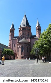 Mainz, Hessen/Germany-June 09th 2019: Dom Mainz-Chatedral in Mainz