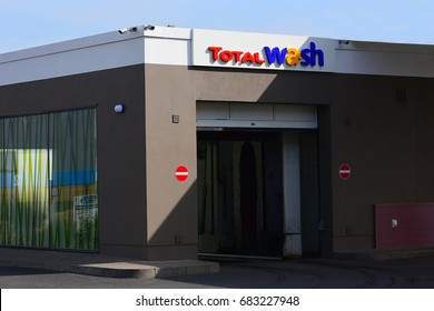Car wash logos stock photos images photography shutterstock mainzgermany july 17 total car wash on july 172017 in solutioingenieria Image collections