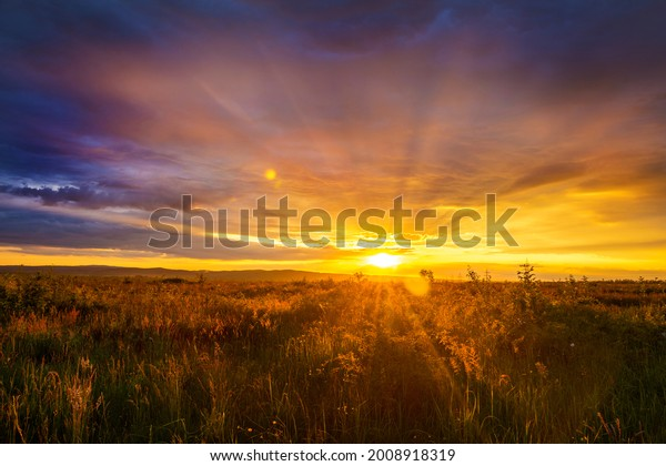 majestic-summer-sunset-colorful-clouds-6