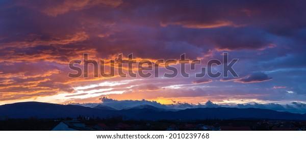 majestic-sunrise-winter-colorful-clouds-